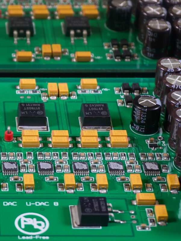 DAS DAC board detail